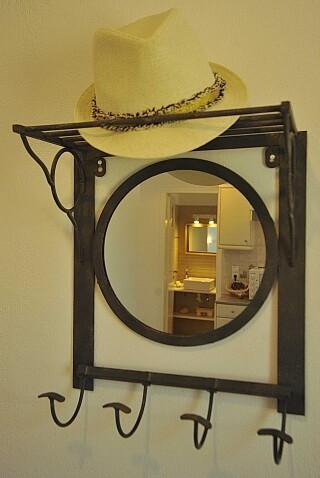 Two-bedroom Family Apartment Ground Floor Anixis mirror