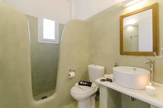 accommodation anixis studios cycladic bathroom