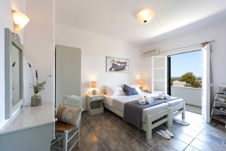 accommodation anixis studios cycladic bedroom