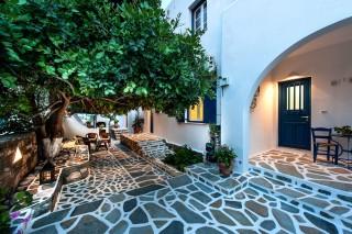 anixis studios paros garden
